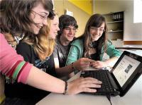 Kompetenzen kennen und Beruf finden: Film online!