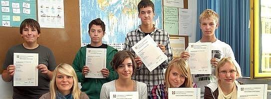 Cambridge-Prüfungen erfolgreich abgelegt
