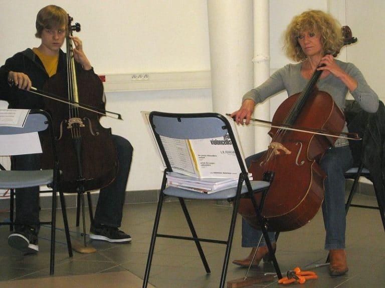 Deutsch-französisches Duo: Mme Dubrulle und Benedikt spielen Bach und Schumann