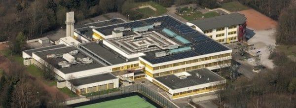 Die Gesamtschule Fröndenberg als Luftaufnahme.Foto: Hans Blossey