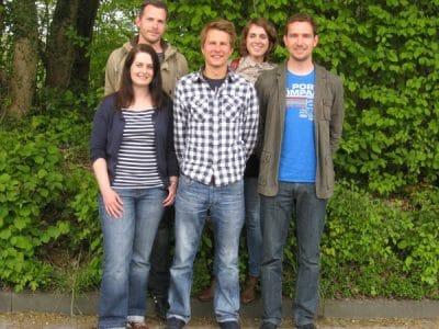 V.links: Ulrike Wolf (Bi/ D), Florian Kern (D/ Ge), Marcel Schulze (Tc/ Sp), Leonie Pohl (E/ S), Marco Stuckenschneider (D/ Sp)