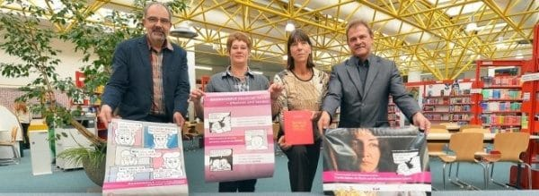 """Klaus de Vries, Doris Wehowski, Birgit Mescher und Torsten Wirth (von links) wollen mit der Ausstellung """"Warnsignale häuslicher Gewalt – erkennen und handeln"""" Impulse setzen."""