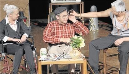 Literaturkurs der GSF bringt mit viel Herzblut Theaterstück auf die Bühne