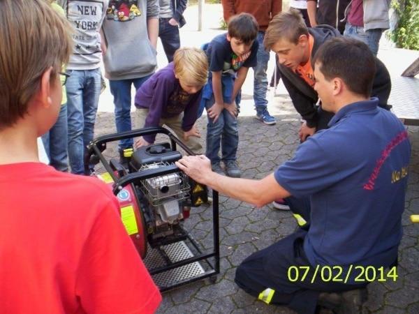 """Forschertage an der GSF 2014: """"Feuer und Flamme"""""""