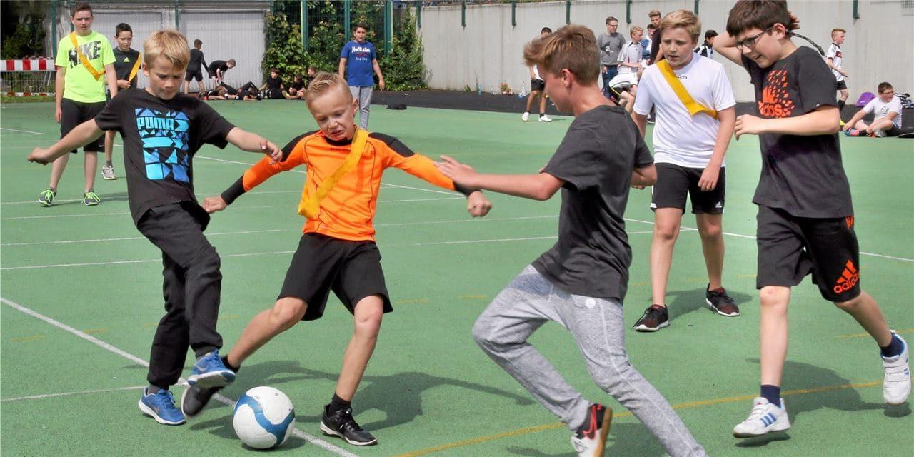 Kleinspielfeld an der Gesamtschule Fröndenberg soll noch 2019 saniert werden
